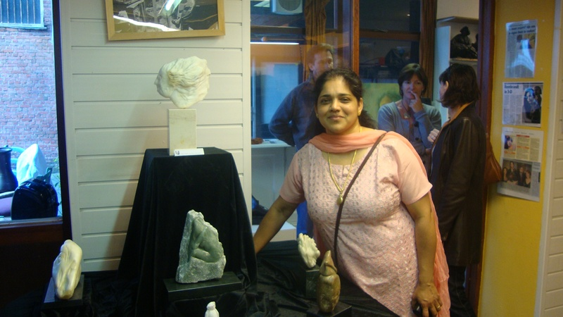 Lovely mengion and her artworks at atelier exhibition